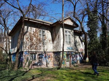 Започна обследване на къщата на Антон Новак в Морската градина