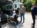 Община Варна закупи два нови микробуса за хората с увреждания