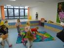 Детски учители с онлайн обучения за родители и малчугани
