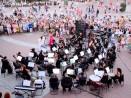 Класика край фонтана за празника на Варна