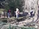 Доброволци участваха в пролетно почистване на зоопарка